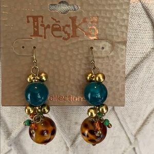 Leopard love earrings - NWT Boutique
